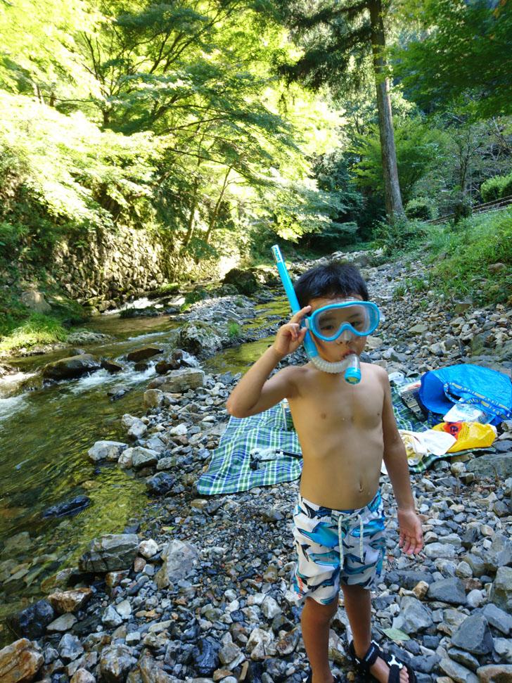 五宝の滝で川遊び